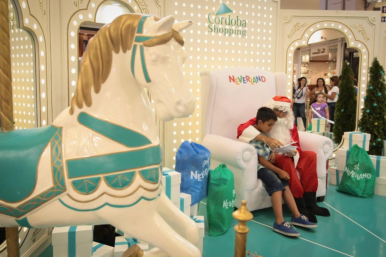 Papa Noel en Cordoba Shopping